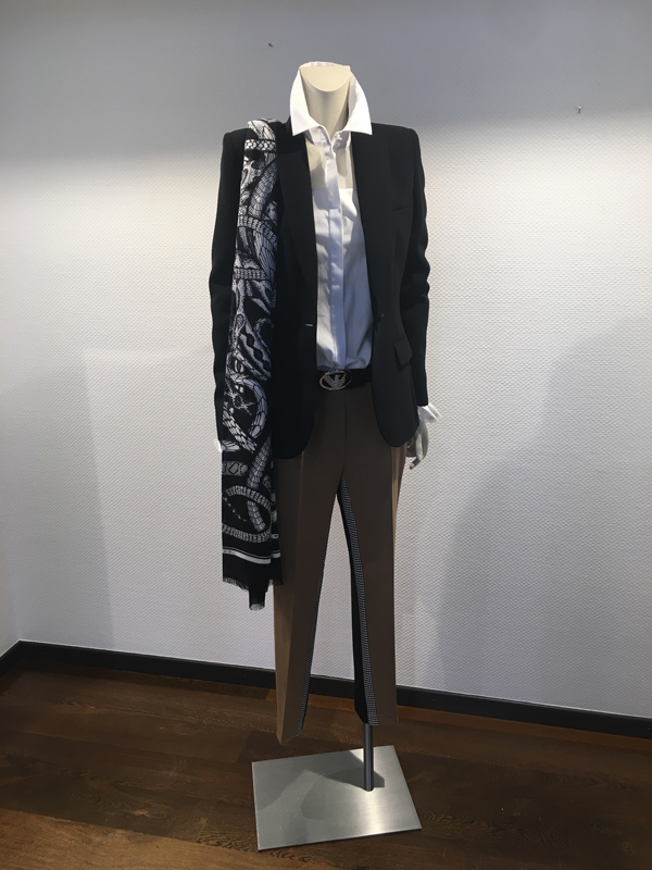 look blazer Barbara bui