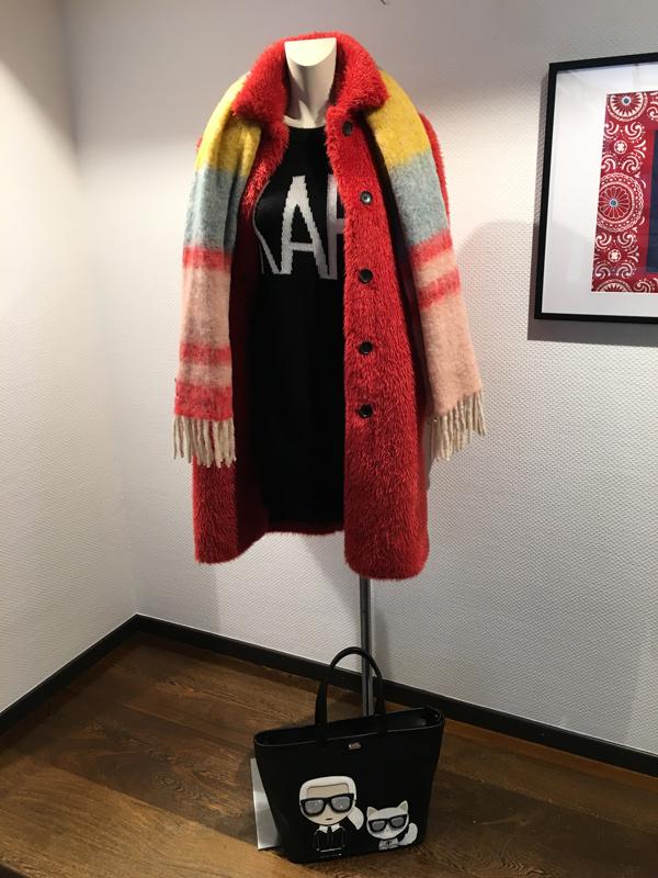 Robe en laine et manteau